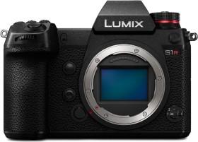Panasonic Lumix DC-S1R mit Objektiv Fremdhersteller