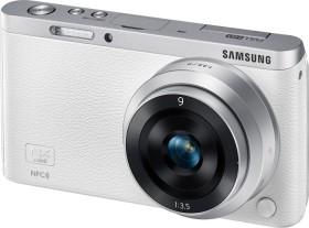 Samsung NX mini weiß mit Objektiv NX-M 9mm ED und NX-M 9-27mm ED OIS