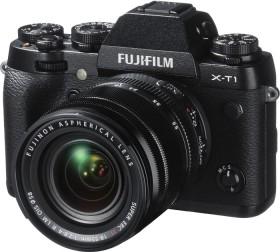 Fujifilm X-T1 schwarz mit Objektiv XF 18-55mm R LM OIS und XF 55-200mm R LM OIS