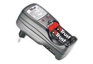 Trust PW-2090/220BS Battery Charger (13596)