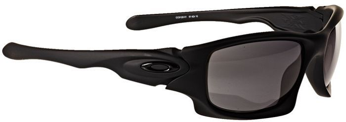 Oakley Ten -- ©Globetrotter