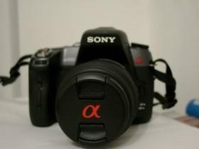 Sony Alpha 550 schwarz mit Objektiv AF 18-55mm 3.5-5.6 DT SAM (DSLR-A550L)