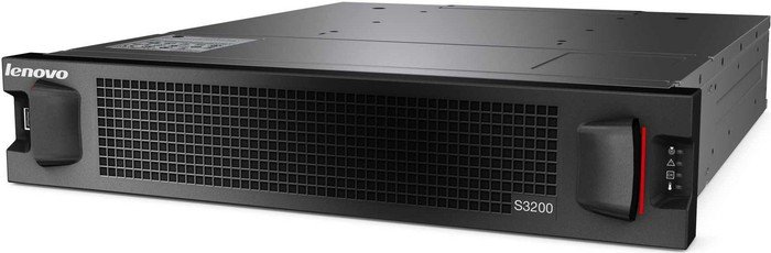Lenovo Storage S3200 SFF 6411, 4x 8Gb/s FC, 2HE (64116B4)