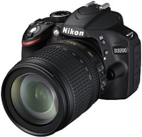 Nikon D3200 schwarz mit Objektiv AF-S VR DX 18-105mm 3.5-5.6G ED (VBA330K005)