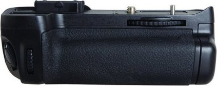 Phottix BG-D7000 battery grip -- via Amazon Partnerprogramm