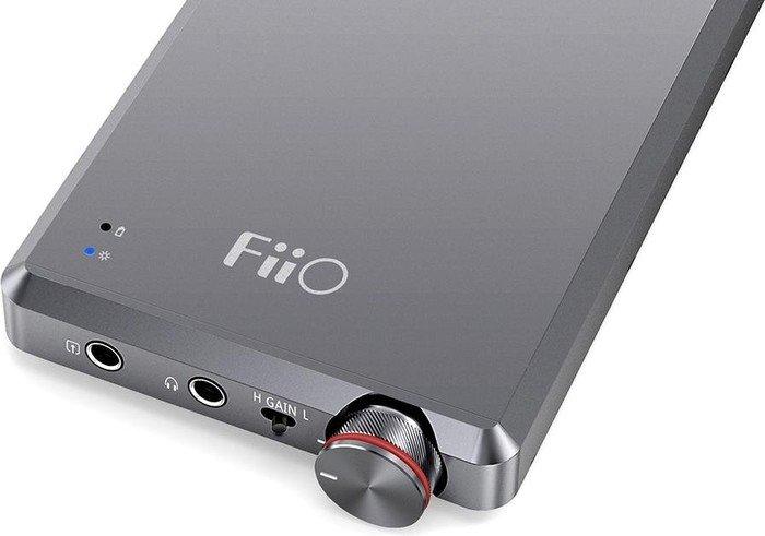 FiiO A5 titan-silber
