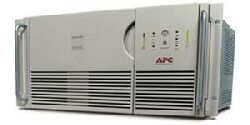 APC Smart-UPS XL 2200VA RM 5U 230V, port szeregowy (SU2200RMXLINET)