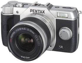 Pentax Q10 silber mit Objektiv 5-15mm 2.8-4.5 (12160)