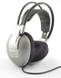 Sony MDR-CD480 (słuchawki) -- © bepixelung.org