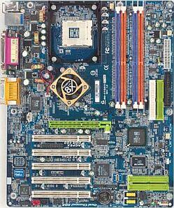 Gigabyte GA-SINXP1394/GA-8SQ800 Ultra2, SiS655 (dual PC-3200 DDR)