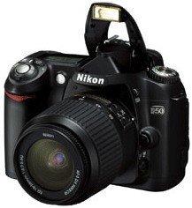 Nikon D50 schwarz mit Objektiv AF-S DX 18-55mm 3.5-5.6G ED (VBA120S1/VBA120K001)