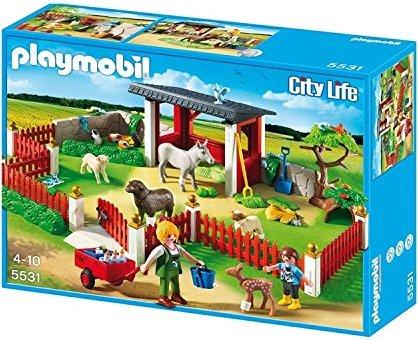playmobil - City Life - Tierpflegestation mit Freigehege (4344) -- via Amazon Partnerprogramm