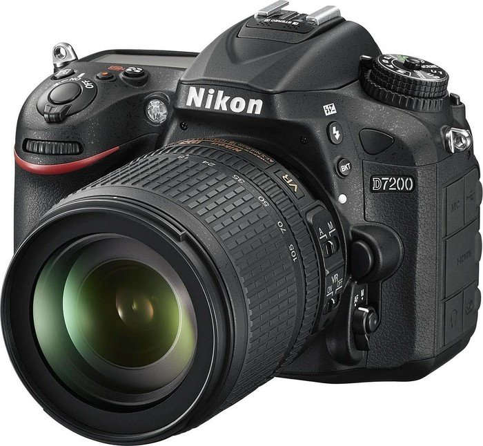 Nikon D7200 black with lens AF-S VR DX 18-105mm 3.5-5.6G ED (VBA450K001)
