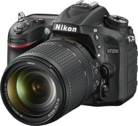 Nikon D7200 black with lens AF-S VR DX 18-140mm 3.5-5.6G ED (VBA450K002)