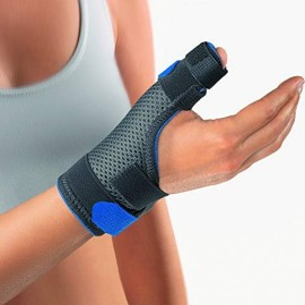 Bort Medical Soft Daumenschiene plus XS blau, 1 Stück