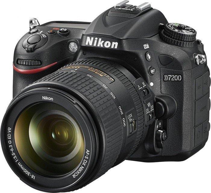 Nikon D7200 black with lens AF-S VR DX 18-300mm 3.5-6.3G ED