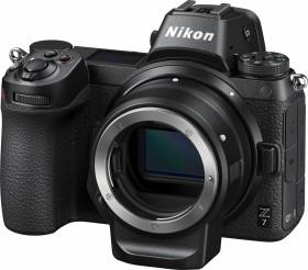 Nikon Z 7 mit Bajonettadapter FTZ und Speicherkarte (VOA010K007)