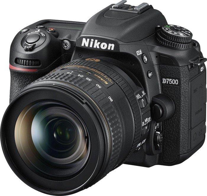 Nikon D7500 black with lens AF-S VR DX 16-80mm 2.8-4.0E ED (VBA510K005)