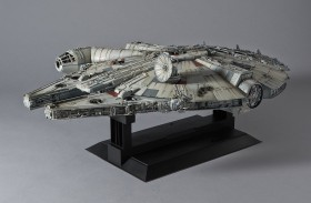 Revell Bandai Star Wars Millennium Falcon (01206)