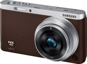 Samsung NX mini braun mit Objektiv NX-M 9mm ED