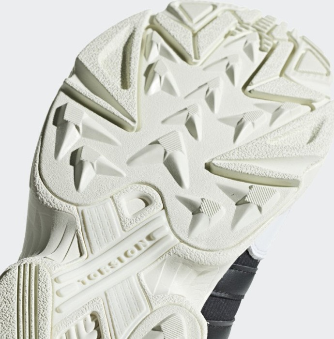 the latest 6f44e 45086 adidas Yung-96 core blackftwr whiteoff white (men) (F97177) starting from  £ 84.99 (2019)  Skinflint Price Comparison UK