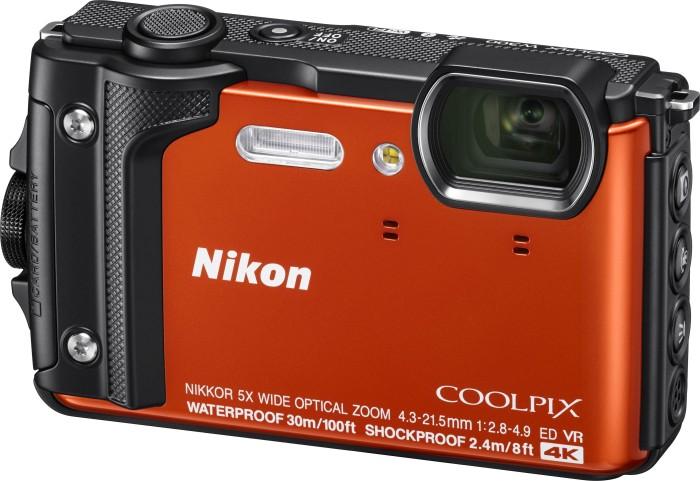 Nikon Coolpix W300 Holiday Kit orange (VQA071K001)