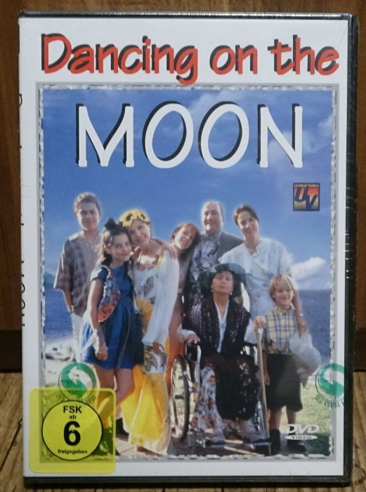 Dancing on the Moon -- via Amazon Partnerprogramm