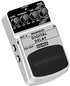 Behringer DD400 Delay Effect pedal -- © Copyright 200x, Behringer International GmbH