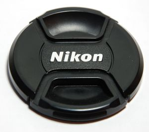 Nikon LC-67 dekielek przedni (JAD10401) -- © bepixelung.org