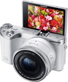 Samsung NX500 weiß mit Objektiv 16-50mm ED PZ OIS i-Function