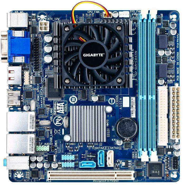 Gigabyte GA-C847N, NM70 (dual PC3-10667U DDR3)
