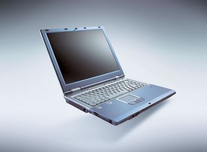 Fujitsu Lifebook E4010, Pentium-M 1.70GHz