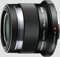 Olympus M.Zuiko digital 45mm 1.8 schwarz für E-Serie (V311030BU000)