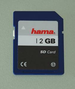 Hama SD Card 2GB (56159) -- © bepixelung.org