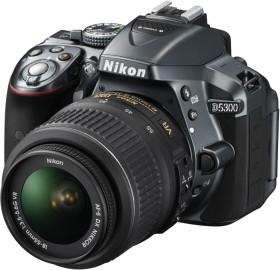Nikon D5300 grau mit Objektiv AF-S DX 18-55mm 3.5-5.6G VR (VBA372K001)
