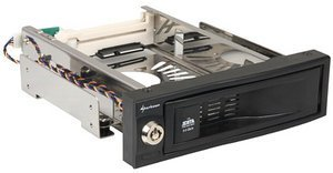 "Sharkoon SATA QuickPort 1-Bay, 3.5"" SATA II hard drive caddy (4044951009305)"