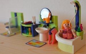 playmobil - City Life - Bad mit Eckwanne (4285) -- Dieses Bild wurde uns freundlicherweise von einem User zur Verfügung gestellt