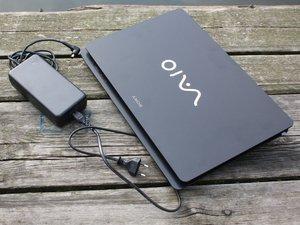 Sony Vaio VPC-F23P1E/B black