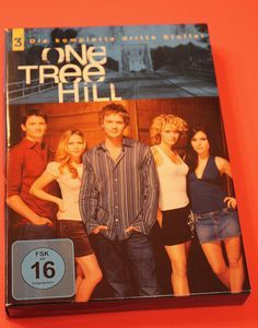 One Tree Hill Season 3 -- © bepixelung.org