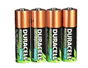 Duracell Supreme Micro AAA NiMH rechargeable battery 1000mAh, 4-pack -- ©globetrotter.de