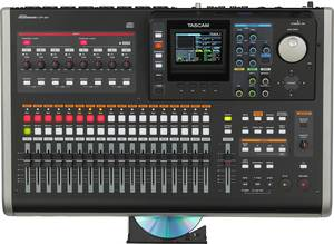 Tascam DP-24 digital 24 track-Portastudio