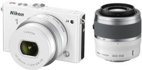 Nikon 1 J4 weiß mit Objektiv VR 10-30mm 3.5-5.6 PD-Zoom und VR 30-110mm 3.8-5.6