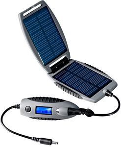 PowerTraveller Powermonkey eXplorer solar Charger -- ©globetrotter.de