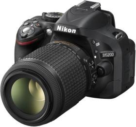 Nikon D5200 schwarz mit Objektiv AF-S VR DX 18-55mm II und AF-S VR DX 55-200mm (VBA350K009)