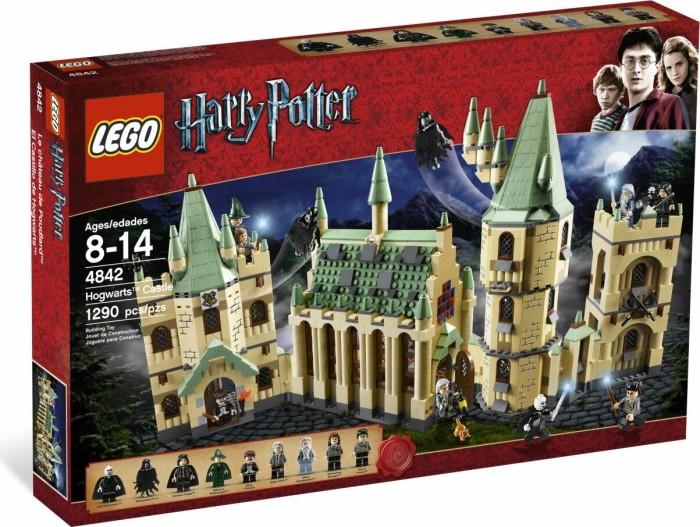 LEGO - Harry Potter - Hogwarts Castle (4842) -- via Amazon Partnerprogramm