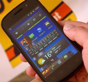 Samsung Google Nexus S I9023 schwarz silber -- ©TarifAgent.com