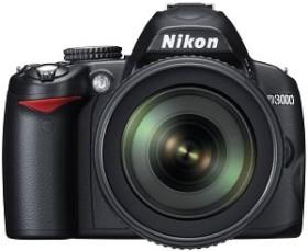 Nikon D3000 schwarz mit Objektiv AF-S VR DX 18-105mm 3.5-5.6G ED (VBA250K005)