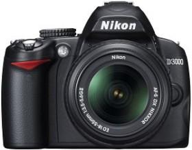 Nikon D3000 schwarz mit Objektiv AF-S VR DX 18-55mm und AF-S VR DX 55-200mm (VBA250K004)