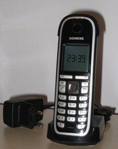 Gigaset C47H handset (S30852-H1951-B101) -- © bepixelung.org