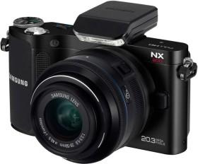 Samsung NX200 schwarz mit Objektiv NX 20-50mm